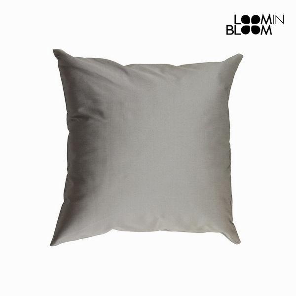 Srebrna blazina iz tafta by Loomin Bloom