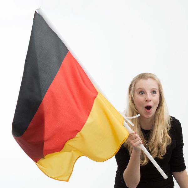 Német Zászló Rúddal (90 x 60 cm)