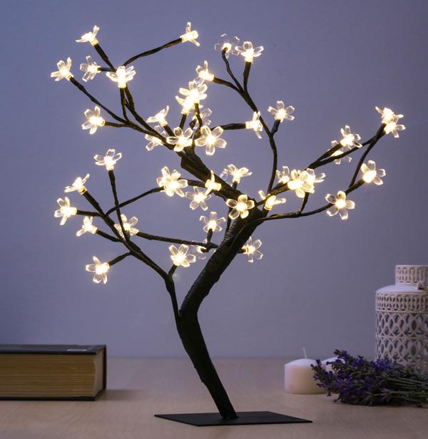 Dekoratív Fa Virágokkal (48 LED)