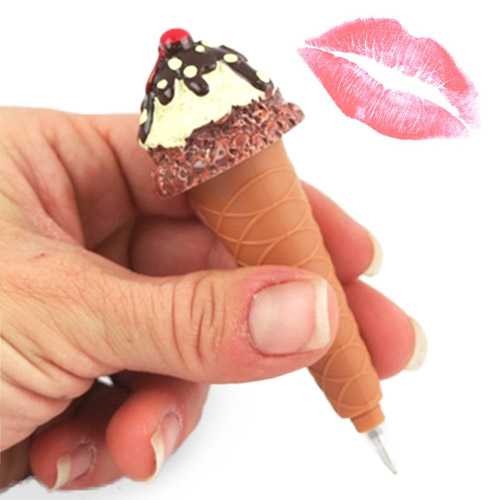 Jégkrém alakú toll és ajakrúzs
