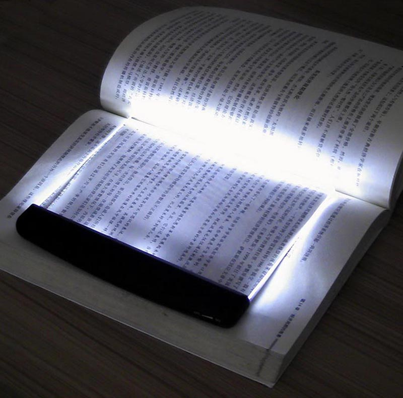 Luz de Lectura con Pantalla D3000100