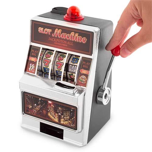 Hranilnik igralni avtomat