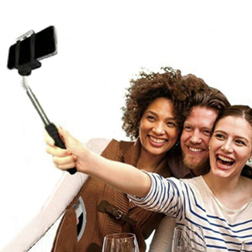Monopod for selfies