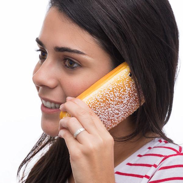 Ovitek za iPhone v obliki peciva z vonjem