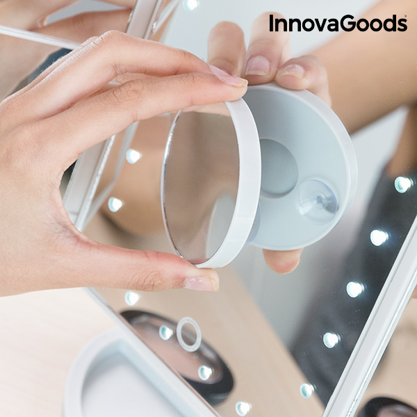 Miroir Grossissant LED 4 en 1 InnovaGoods