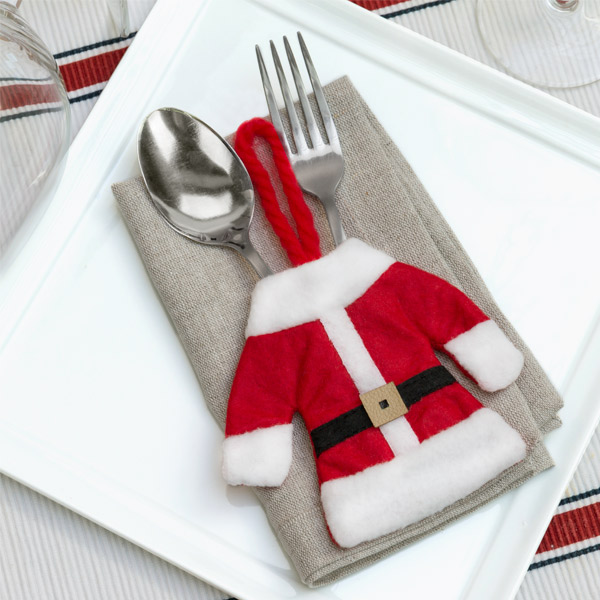 Božičkova Obleka za Pribor
